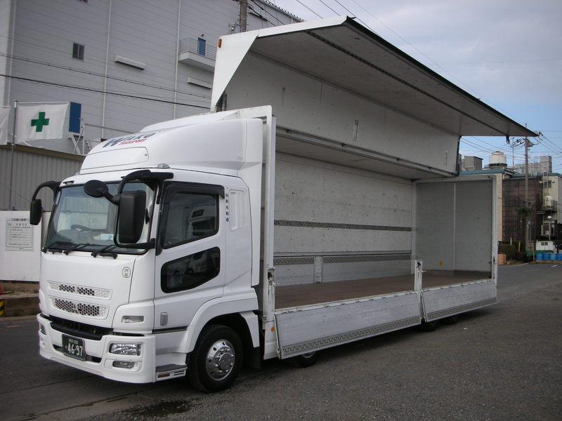 楽器運搬用トラック・空調付きトラック