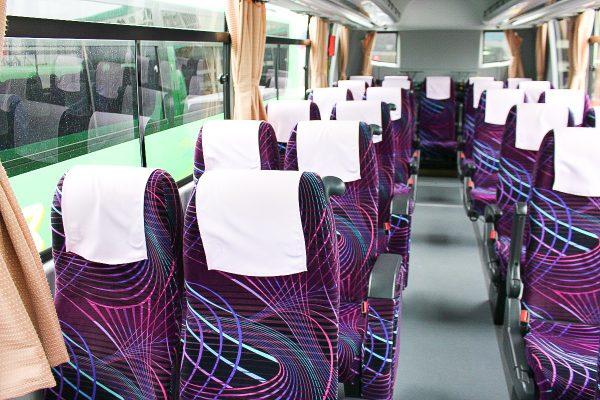 沖縄・貸切バス(おろくバス)中型バス・車内