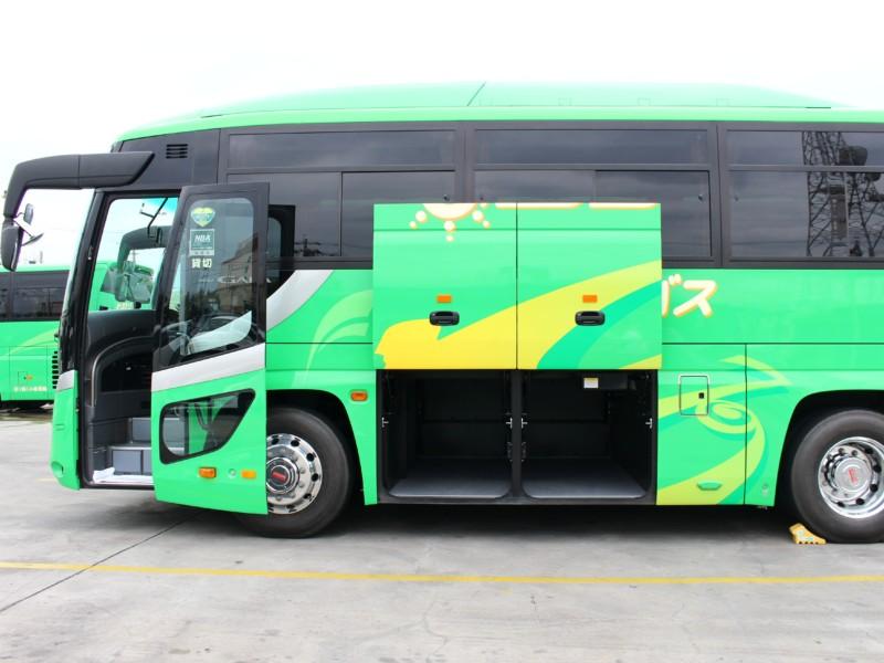 中型バス - トランク
