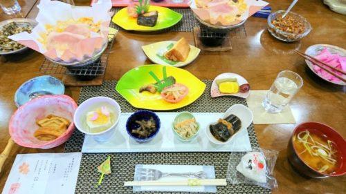 花とほたる 湯のさと 雪国・郷土料理(昼食)
